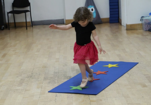 Hannah Swanson teaching Creative Ballet at Dancewave's Summer Camps